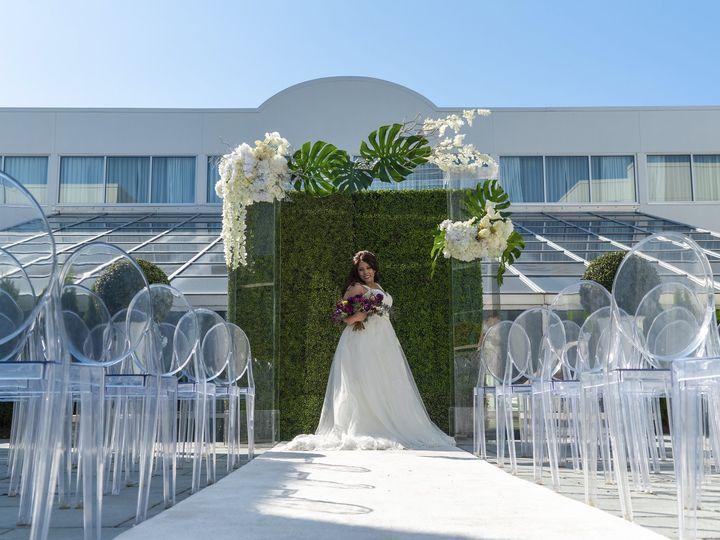 Tmx Courtyard Ceremony 3 51 206413 160044123191846 Bloomfield Hills, MI wedding venue
