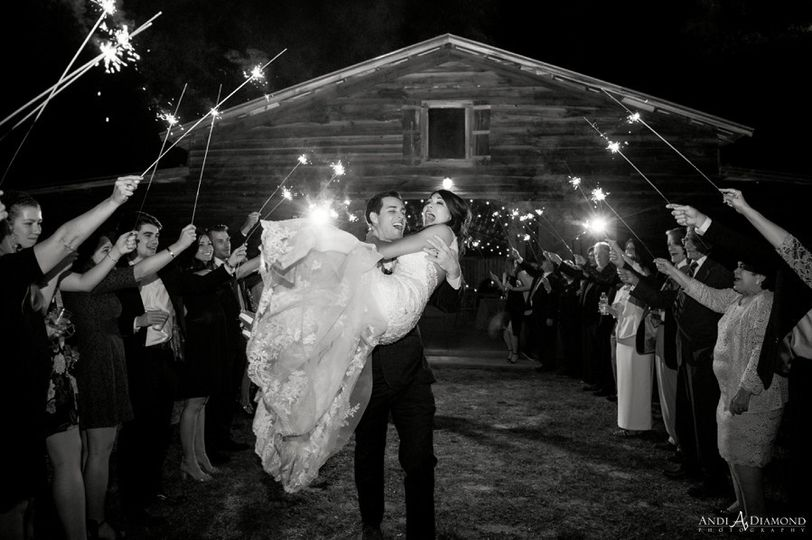 tampa wedding photographers at prairie glenn barn0