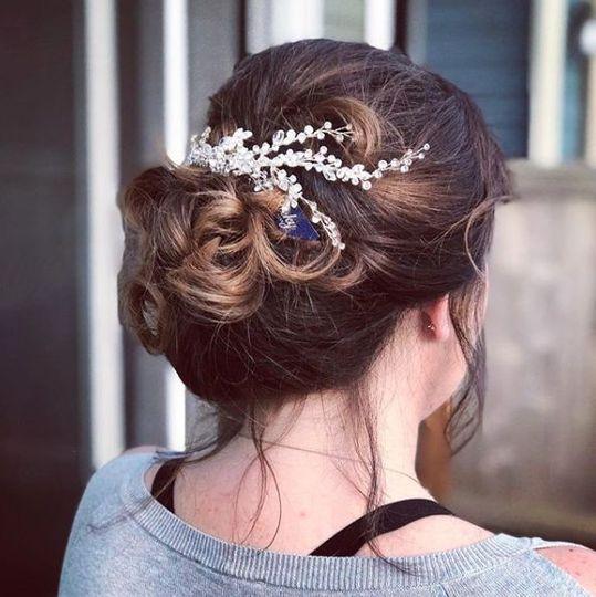 Bridal headpiece updo