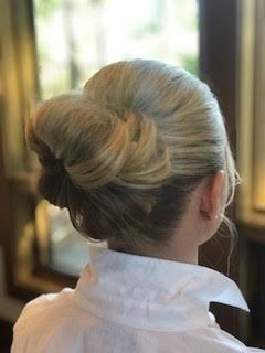 Tmx 1533010666 131b5253b0275ae0 1533010666 9d0de72c6546016c 1533010661831 8 Large Low Bun Seattle, WA wedding beauty