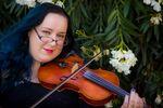 Amy McNally Violinist image