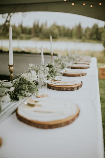 Our log cut plate chargers
