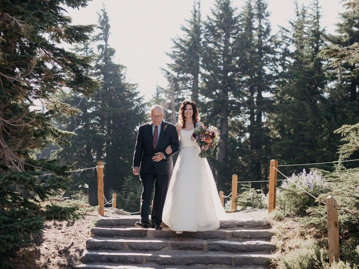 Tmx Megan Ian Married 124 Of 363 51 156513 1568832764 Government Camp, OR wedding venue