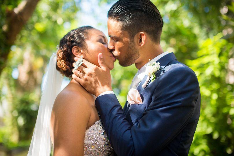 eab1f45a5bf0768e EboniRobyn Wedding AnaChris Nassau 389