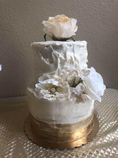 Wedding cake with floral motif