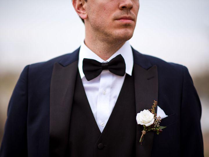 Tmx Loganrees11 2 18 347 51 1194613 158454952676011 Sioux Center, IA wedding florist