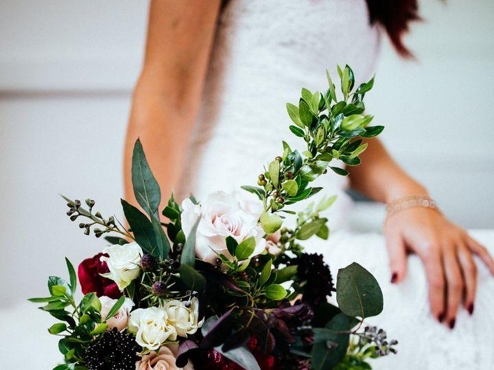 Tmx Devon Branden 3tenevents Wedding224of993 51 1045613 158820555832604 Saint Paul, MN wedding florist