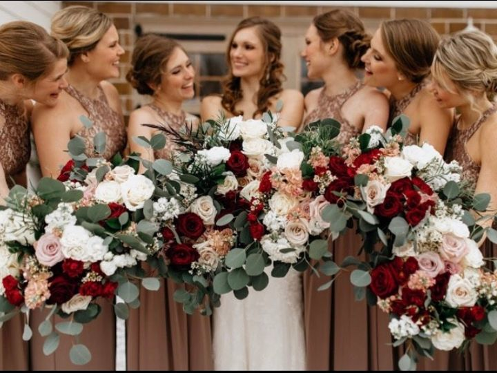 Tmx Img 1908 51 1045613 158820560176907 Saint Paul, MN wedding florist