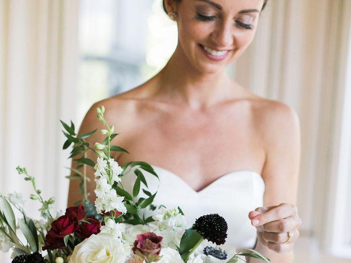 Tmx Jennifertogalphotography Mahoney Wed 0542 1 51 1045613 158820570012526 Saint Paul, MN wedding florist