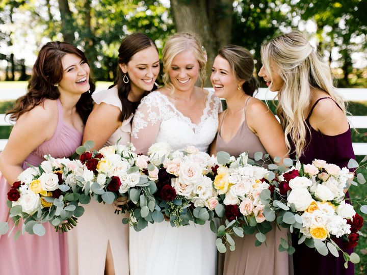 Tmx Lilliecoltonmarried300 51 1045613 158820572631193 Saint Paul, MN wedding florist