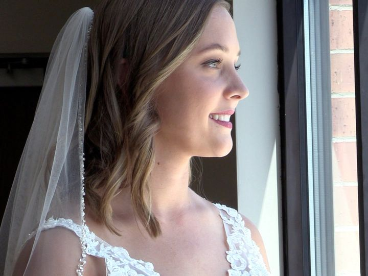 Tmx Haley Looking Out The Window 51 1075613 158489520575330 Marion, IA wedding videography