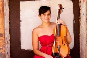 Marscia Luissa Martinez-Mendoza Wedding Violinist and Violist