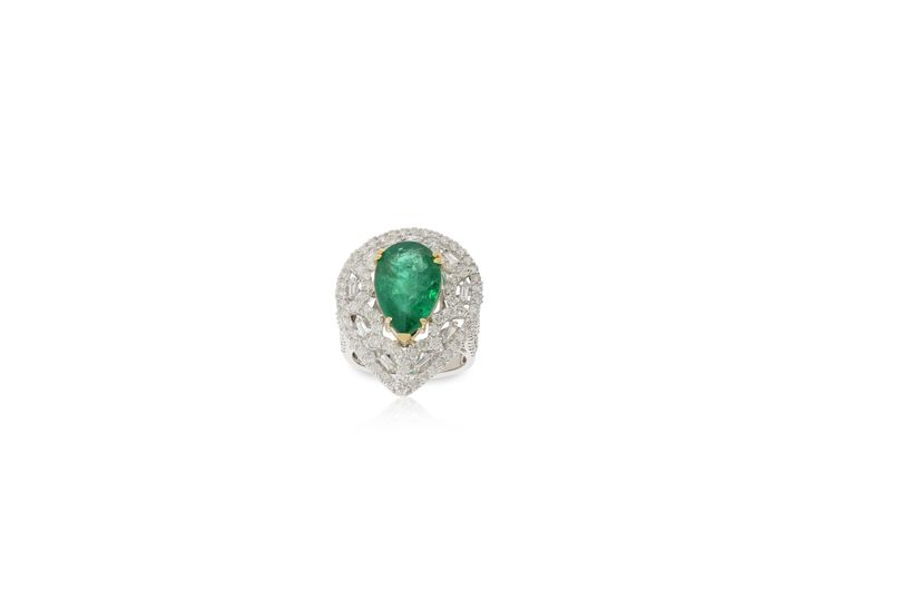 Cocktail Emerald ring