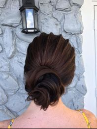 Simple updo with Ridges