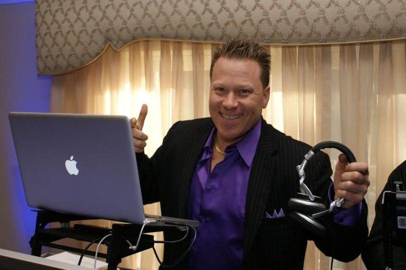 DJ Danny Rock , mixes dance party wedding music.