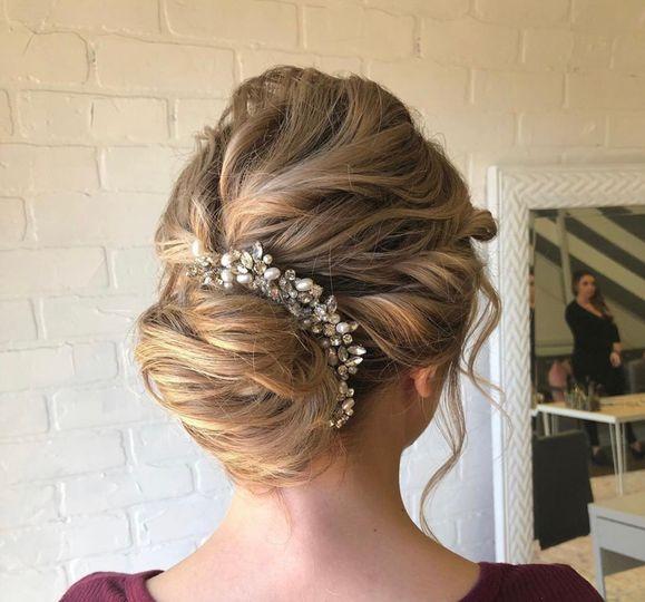 Elegant hair looj