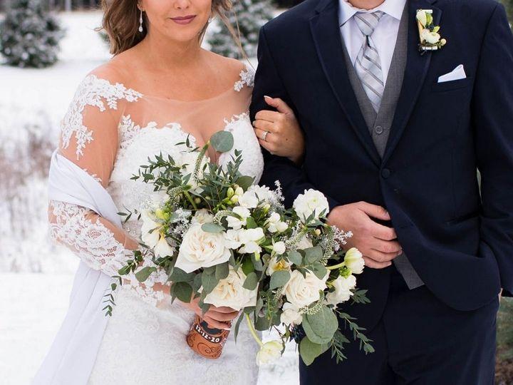 Tmx Untitled Design 2021 02 23t222429 191 51 1034813 161414101366423 Delafield, WI wedding florist