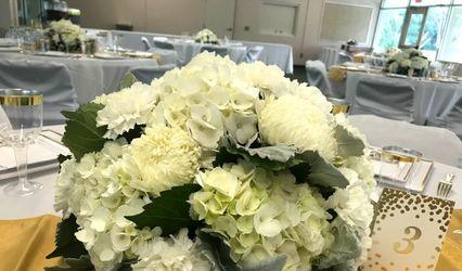 Wedding Flowers by Lourdes Tellado 1