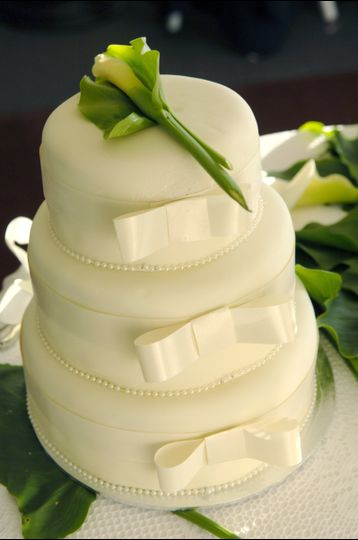 Cakeology - Wedding Cake - Hingham, MA - WeddingWire