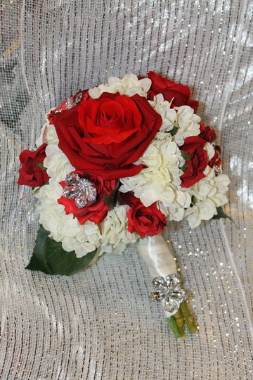 A gorgeous silk custom bouquet we created!   www.silkscapesindiana.com