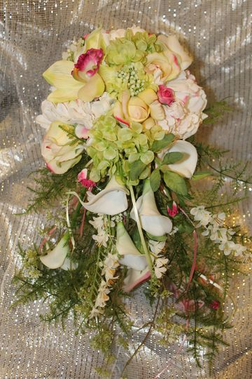 A gorgeous silk custom bouquet we created!   www.silkscapesindiana.com