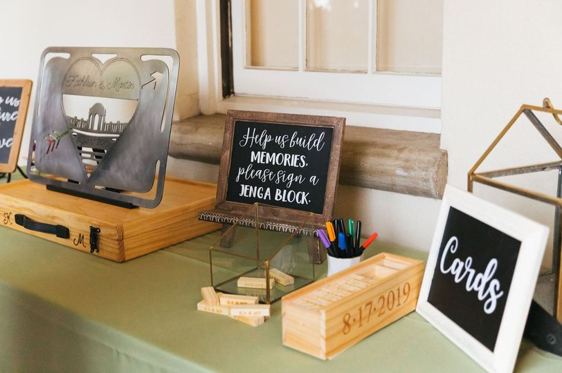 Card + Gift Table