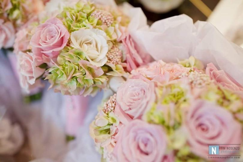 Pink hydrangea and roses