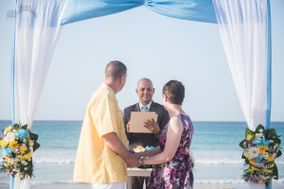 Marcos Parucker Wedding Officiant