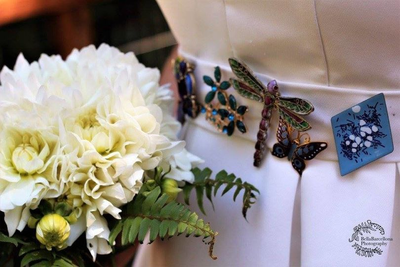 A beautiful belt that the bride made out of found items.