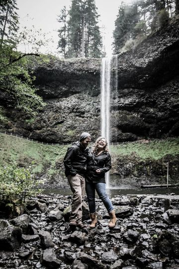 Sarah and David's engagement photos in the perfect PNW waterfall setting.