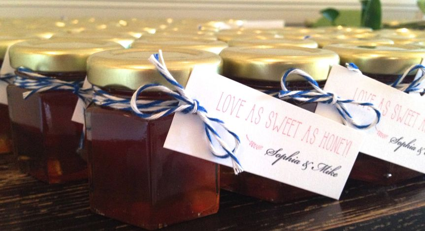 Custom Party Favors using wildflower honey and hang tags
