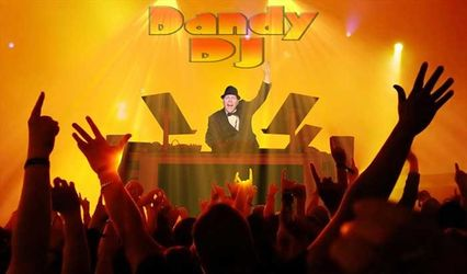 DANDY DJ and PHOTO BOOTH