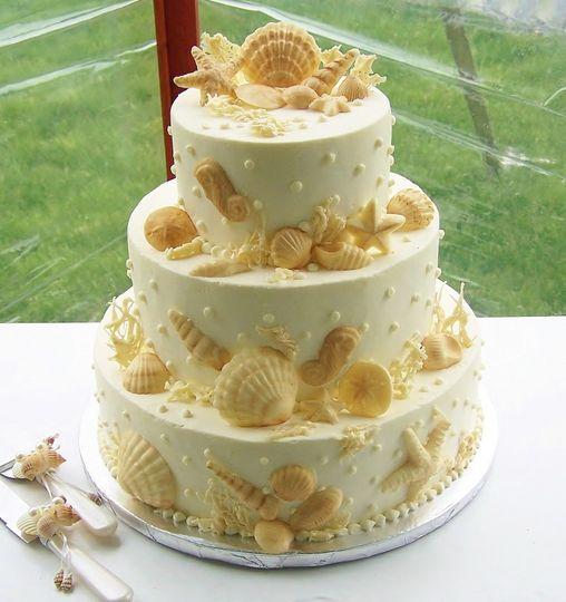 Kiss Me Cakes - Wedding Cake - Wellfleet, MA - WeddingWire