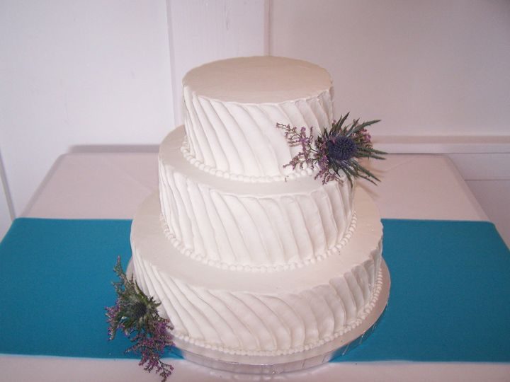 Tmx 1468168466587 Vertical Swirl2 Wellfleet wedding cake