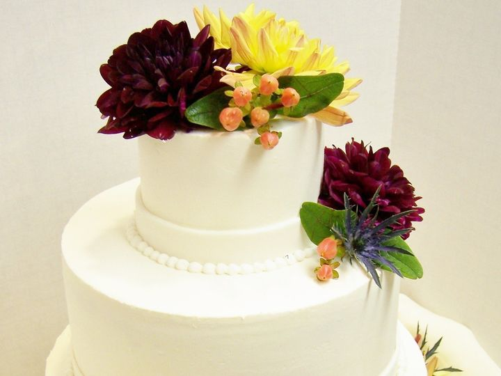 Tmx 1468169047058 Trine3 Wellfleet wedding cake