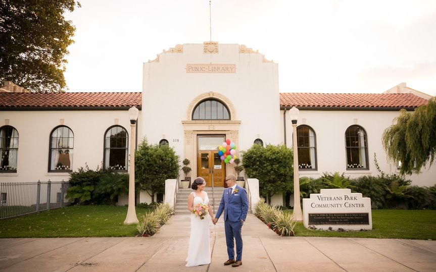 800x800 1510869220255 21 redondo beach historic library wedding photogra