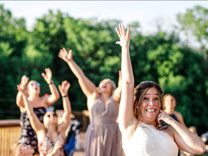 Tmx Bride Throwing Bouquet 51 1024913 159579873664631 Kansas City, MO wedding venue
