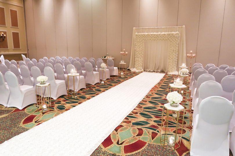 A white-carpet aisle