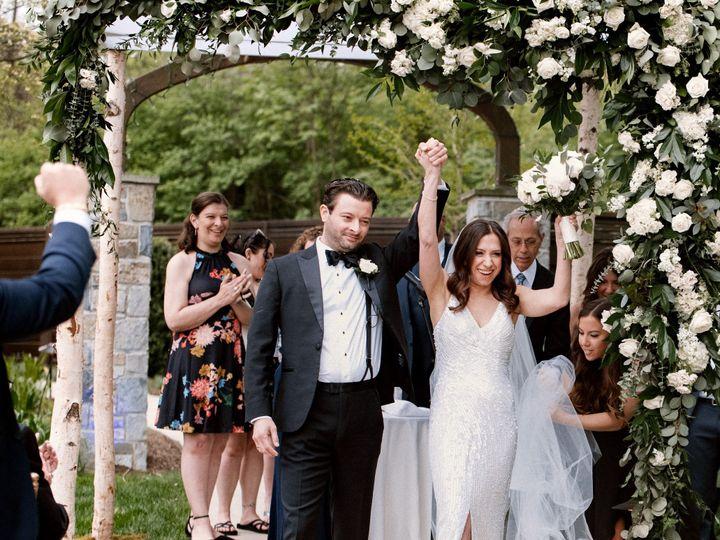Tmx Image2 1 51 927913 162153559924508 Doylestown, PA wedding dress