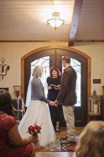 00e7d367be5f1442 1525020991 732a93d4d66973d8 1525020986999 3 Pearce Wedding 201