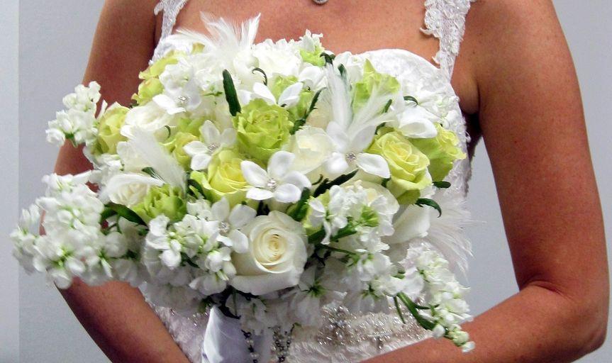 White bliss bridal bouquet