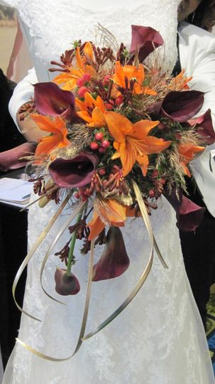 Fall Cascade bridal bouquet