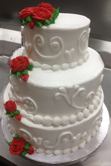 Cake with buttercream roses