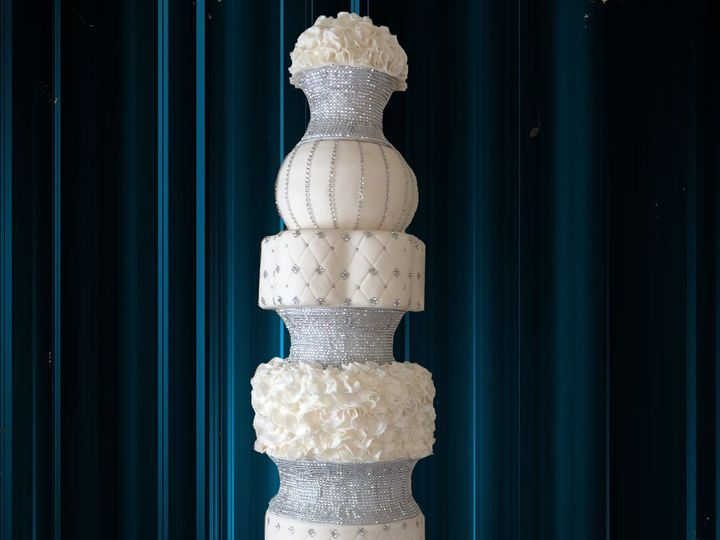 Tmx Big Cake 51 540023 San Antonio, TX wedding cake