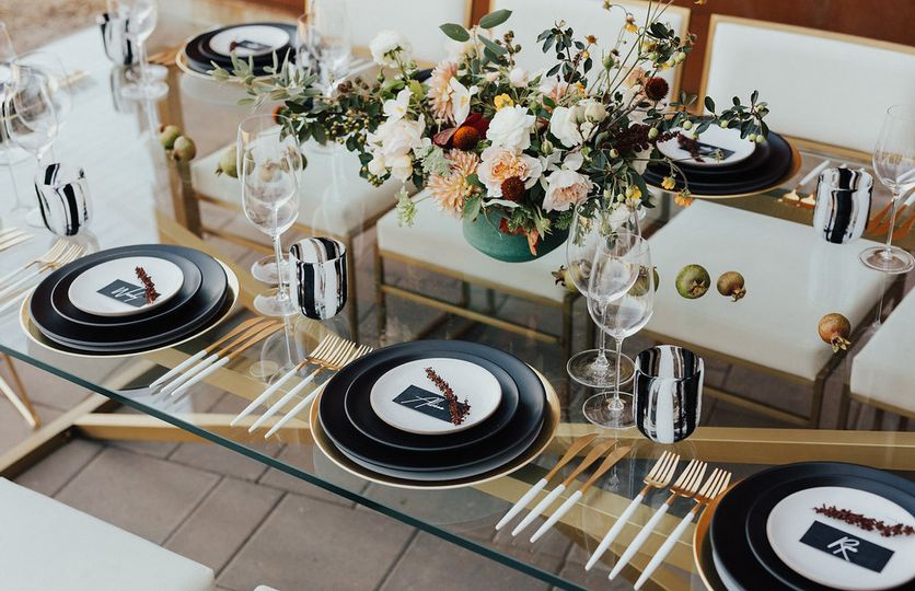 Modern Black/White Place Cards