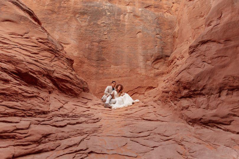 The newlyweds - Love and Logic Photo