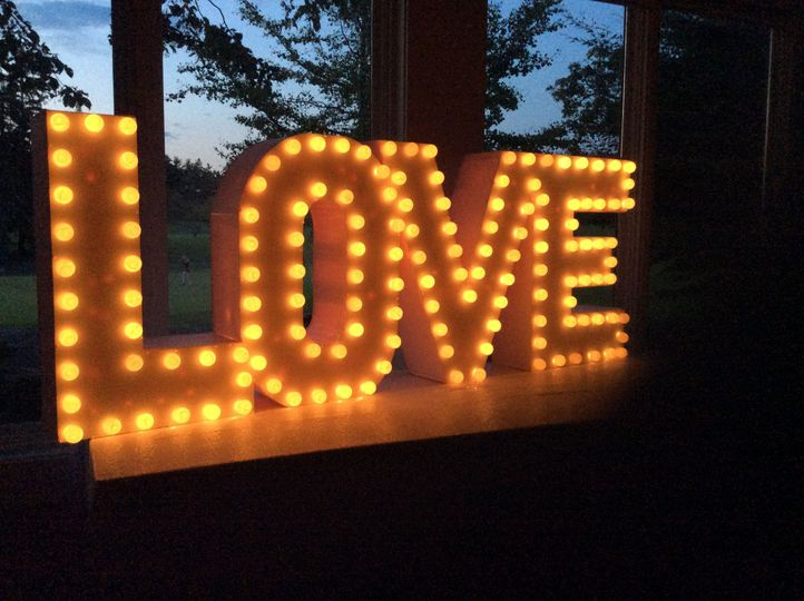 Lit up love sign6'x2' electric
