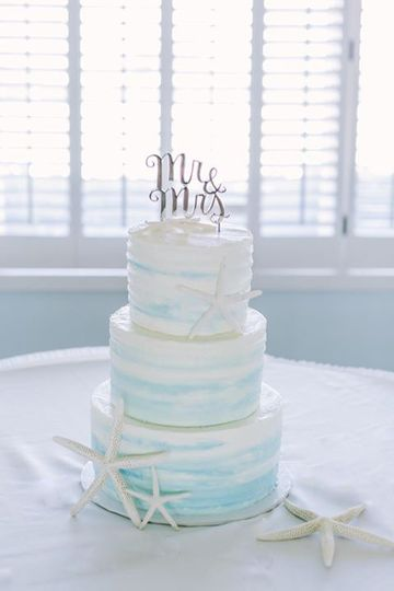 Beach wedding ombre cake