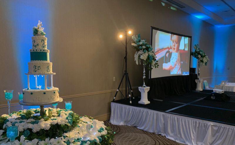 Video projection & cake light