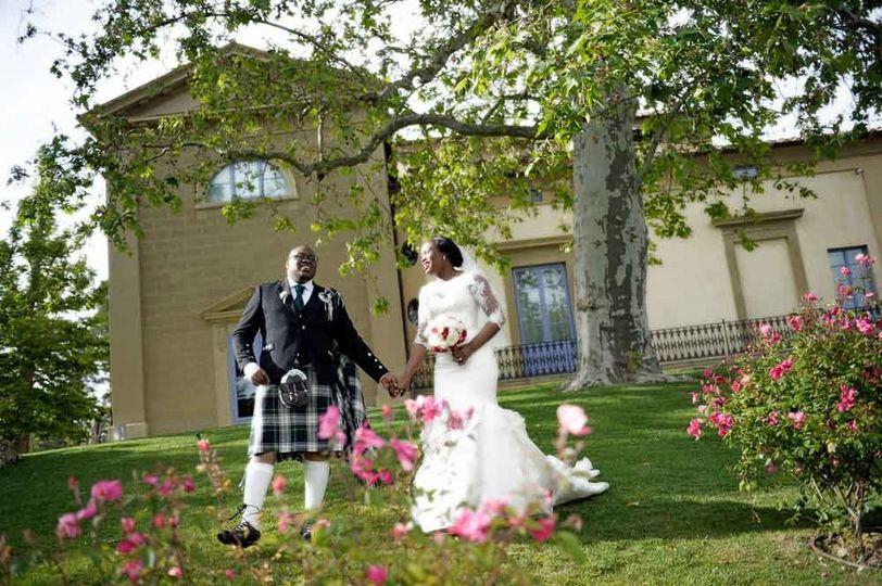 bride groom wedding in tuscan church